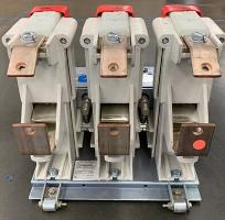 Roll Out Mounted Vacuum Contactor